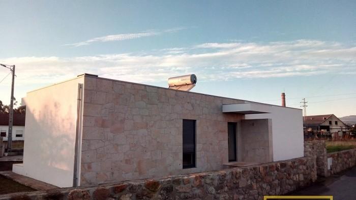 Habitação T3 - S. Pedro da Torre, Valença
